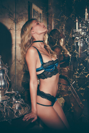For Love and Lemons: Holiday 2016 Skivvies